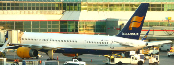 Image: Icelandair Airlines Toronto - Airlines